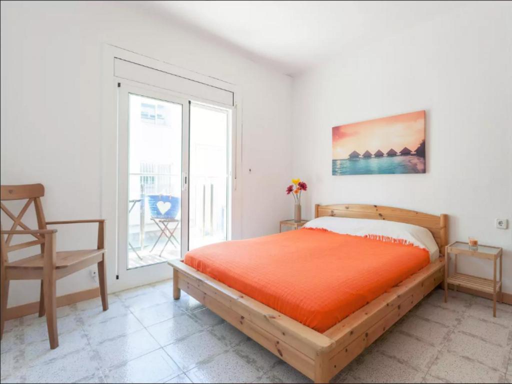 Квартиры в испании снять в октябре