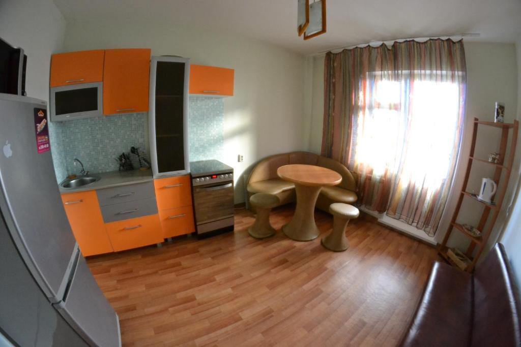 Апартаменты Феникс 18-1, Красноярск