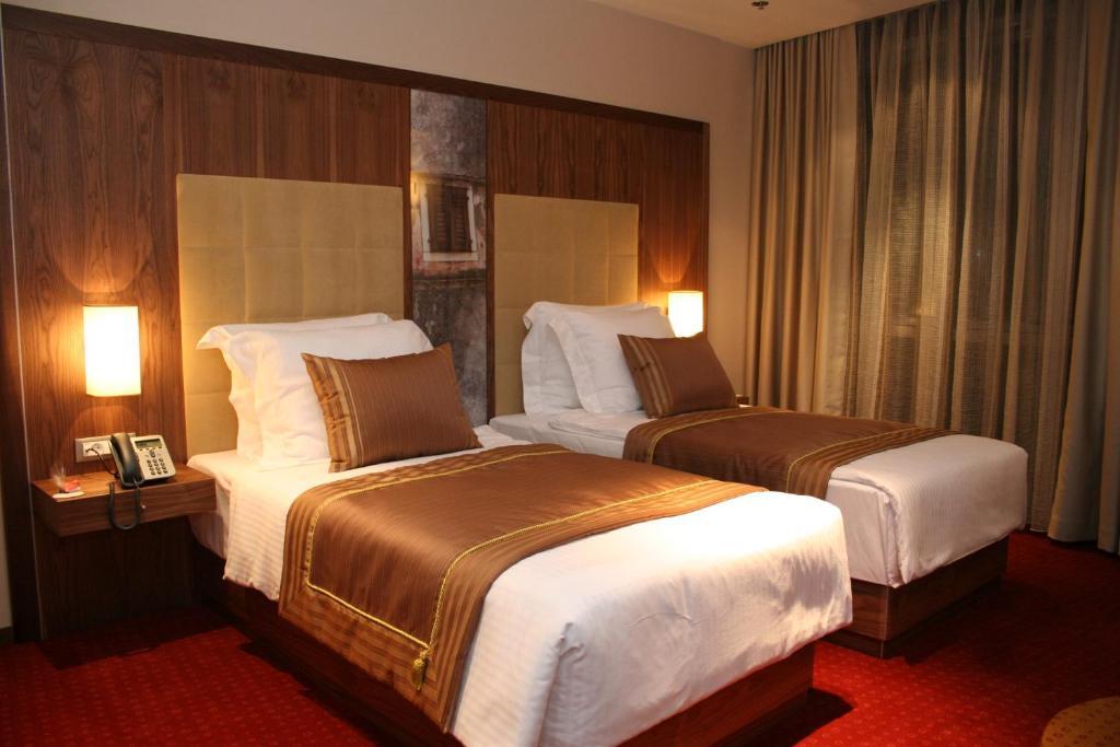 Hotel Dubrovnik, Зеница, Босния и Герцеговина