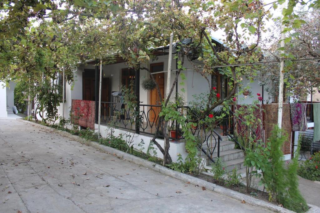 Гостевой дом Русалка, Гудаута, Абхазия