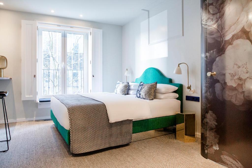 hotel the fritz d sseldorf deutschland d sseldorf. Black Bedroom Furniture Sets. Home Design Ideas