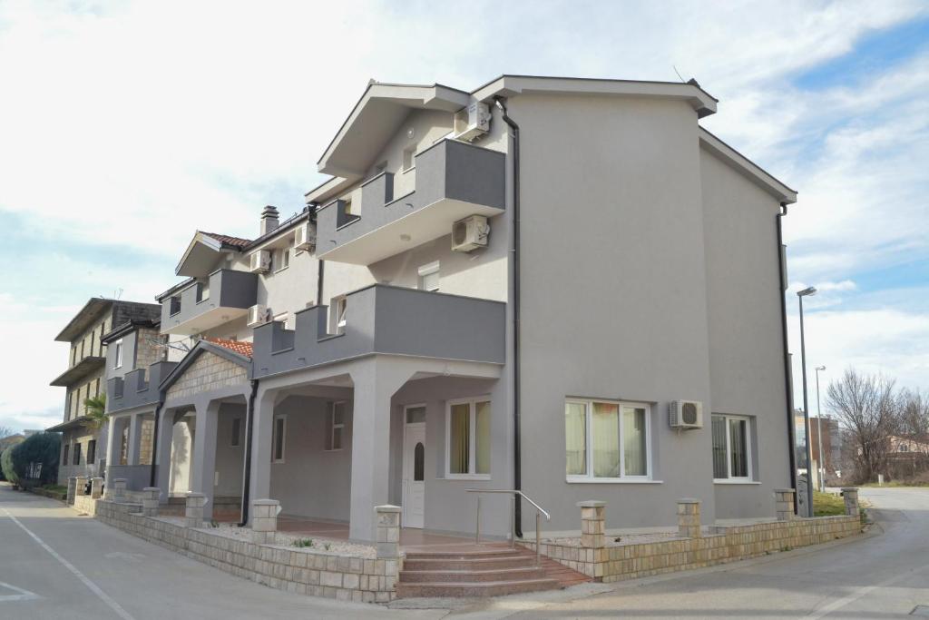 Pansion Sivrić, Междугорье, Босния и Герцеговина
