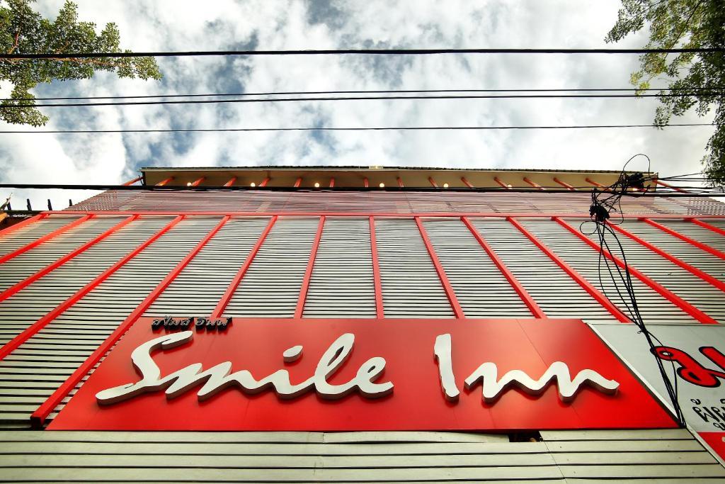 Отель Smile Inn, Бангкок