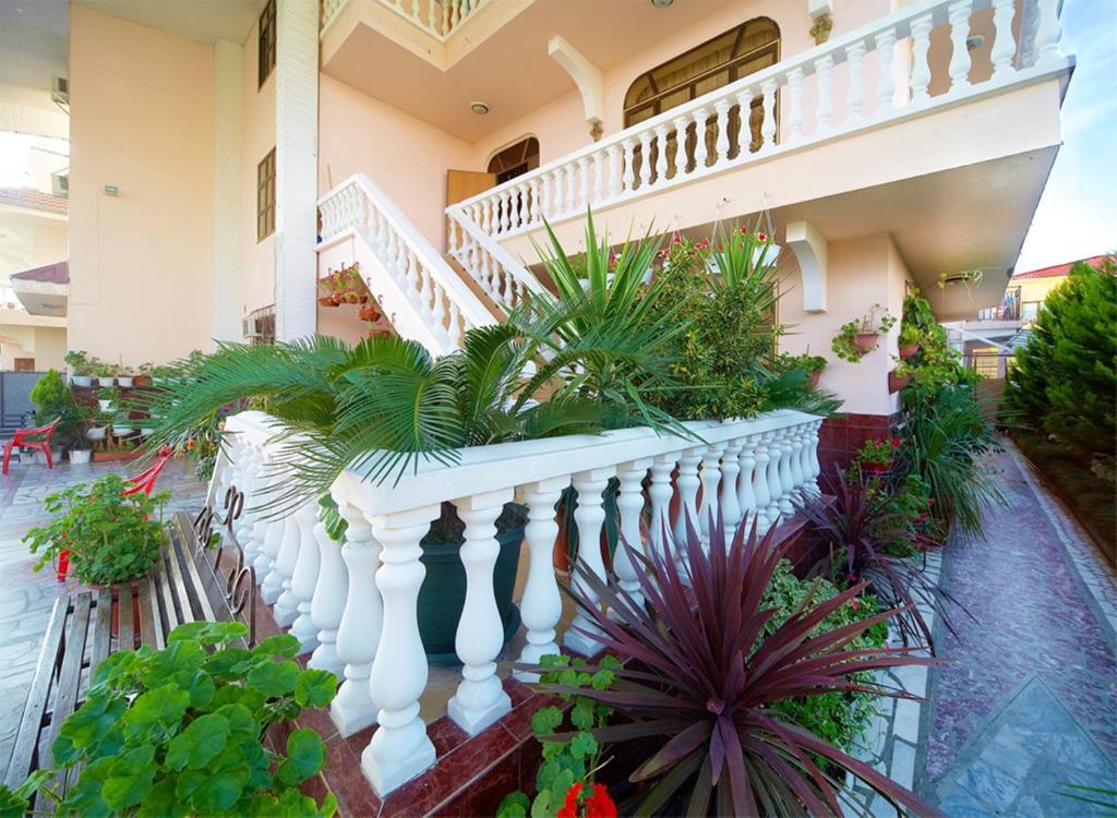 Отель Экодом Адлер 2 2  цены гостиницы отзывы фото