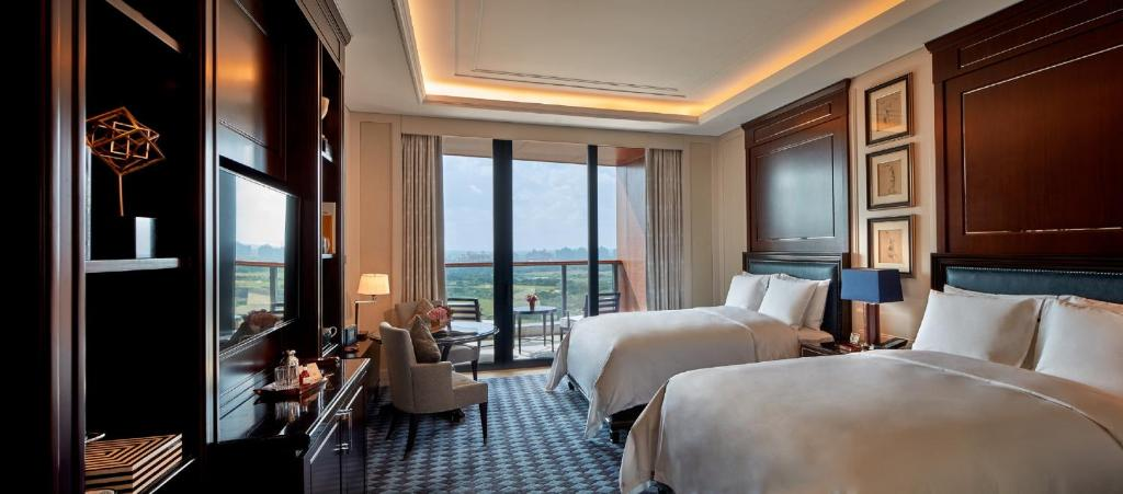 ritz carlton positioning Jobs at ritz-carlton hotels and resorts the ritz-carlton chain operates over 70 hotels in 24 you'll find job opportunities at all of the ritz-carlton's locations once you find a position that interests you.