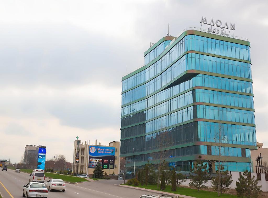Отель Maqan Almaty, Алматы, Казахстан