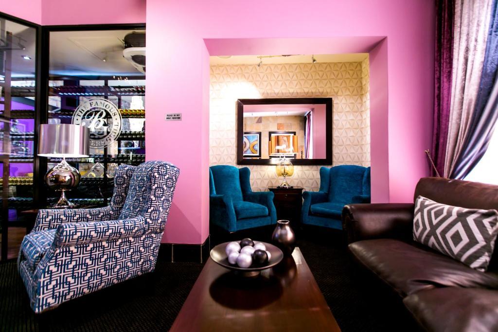 .... Cape Town Lodge Hotel 96254983.jpg