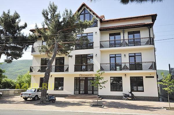 Гостиница Камелот, Кабардинка