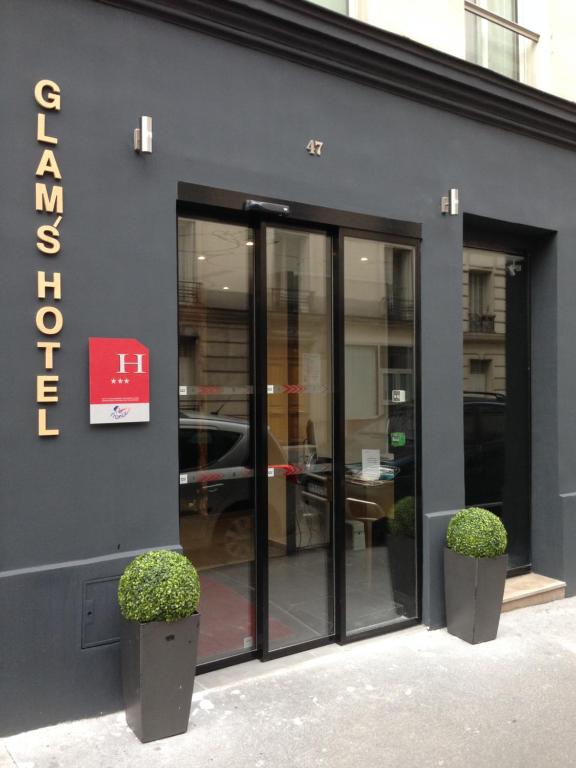 Le Glam's Hotel
