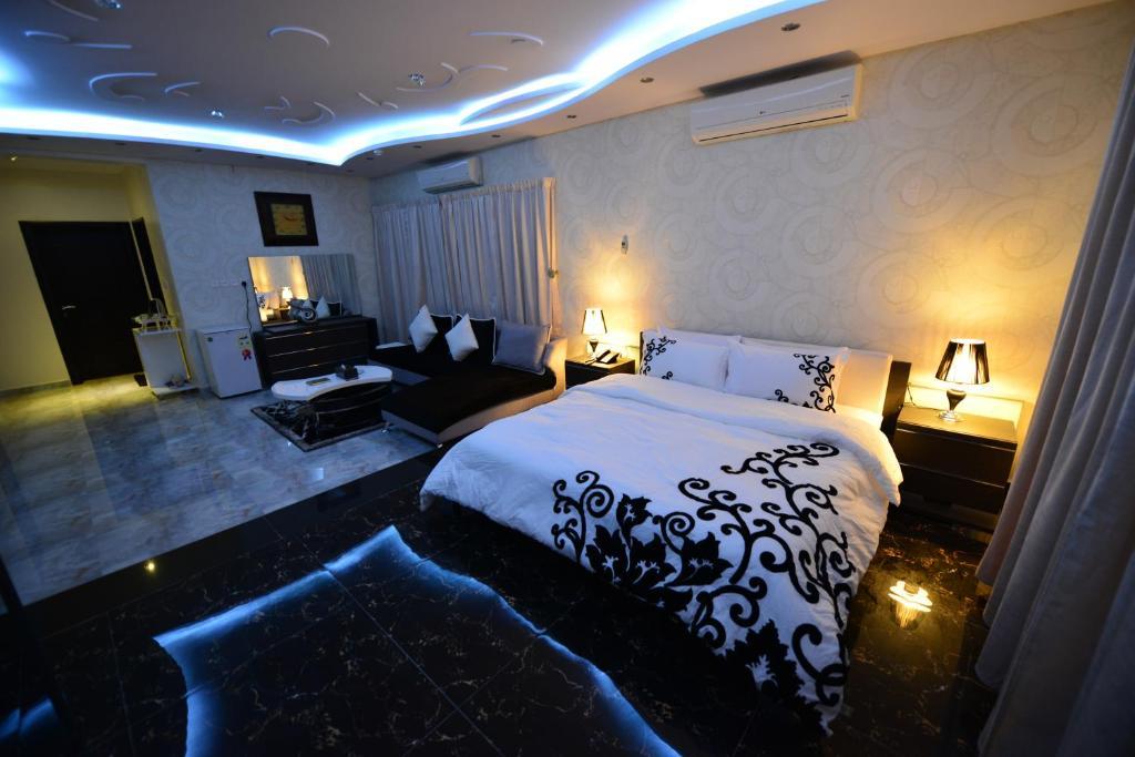 Al Sharqi Hotel 1 (السعودية حائل)   Booking.com