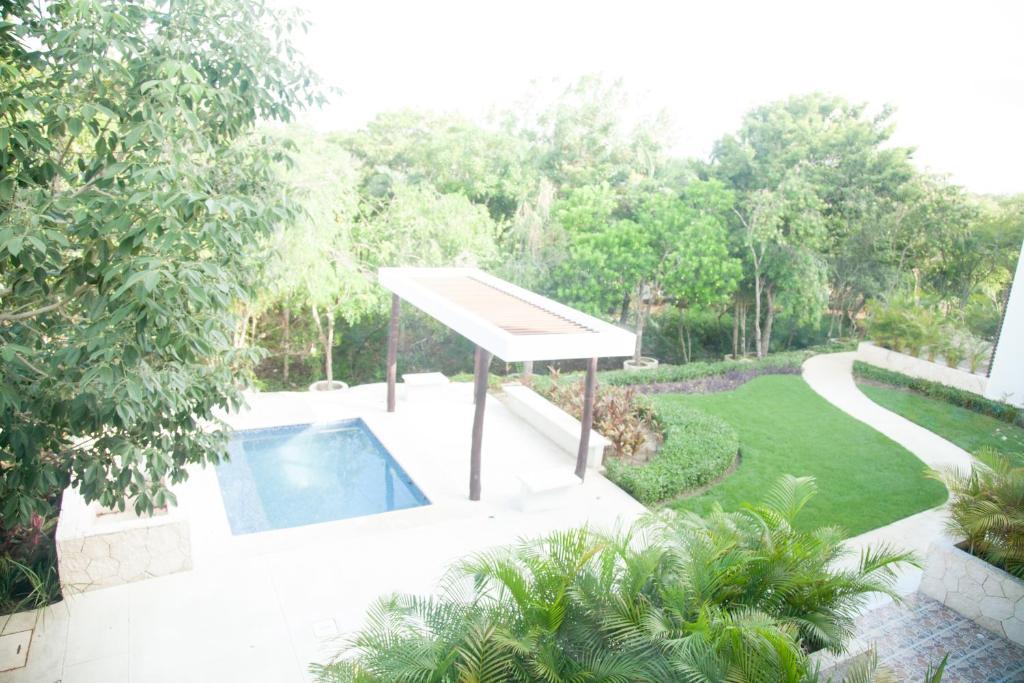 Bahia principe vacation rentals quetzal two bedroom for Villas naha cancun