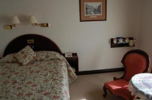The Bedrooms at The Newport Lodge Hotel
