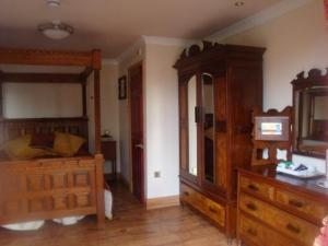 The Bedrooms at Watersmeet Country Inn