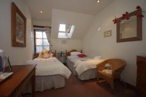 The Bedrooms at Oak Tree Inn
