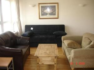 The Bedrooms at Comfort Zone Serviced Apartments, Vista London
