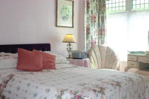 The Bedrooms at Knightsrest