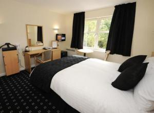 The Bedrooms at Pinehurst Lodge Hotel
