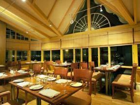 The Restaurant at Best Western Mount Sorrel Hotel