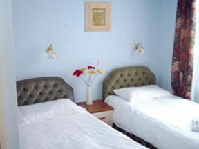 The Bedrooms at Jenivore Hotel (Non-Smoking) - BandB