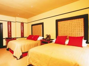 The Bedrooms at Talardy Hotel