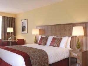 The Bedrooms at Carlton Hotel Tralee (formerly Fels Point Hotel)