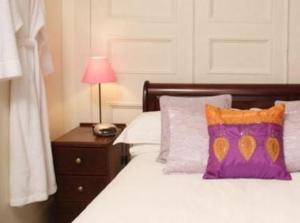 The Bedrooms at Leona House - BandB
