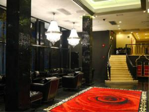 Elegance Bund Hotel - Image2