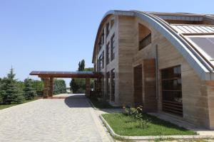 Ladera Resort Qusar - Image1