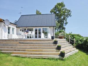 Holiday home Krutbodensv. Ystad - Image1