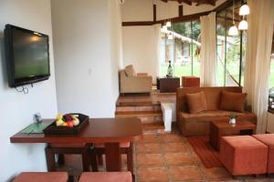 Hotel Laguna Volcan Golf Eco Resort - Image2