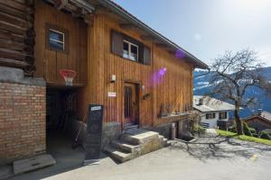 Gästehaus Alpina in Fanas - Image1