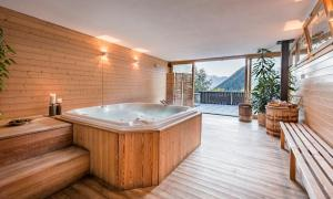 Chalet Stella Alpina - Hotel and Wellness - Image4