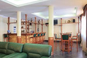 Ozon Grand Hotel - Image2