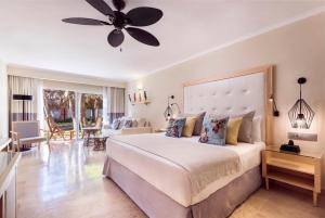 Grand Palladium Palace Resort Spa - All Inclusive - Image3