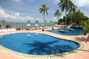 Rayong Resort Hotel - Image4