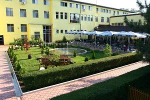 Hotel Fontana - Image1