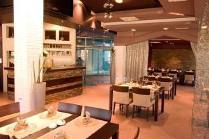 Hotel Diadem - Image2