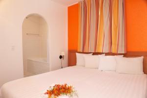 Livingstone Jan Thiel Resort - Image3