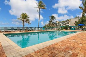 Oceanfront Watergate Villas and Condos - Image4