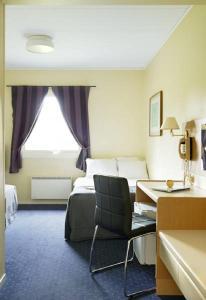 Hotel Surte - Image3