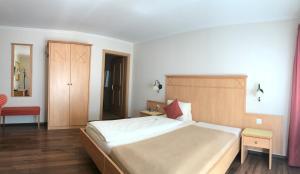 Hotel Kreuz - Image2