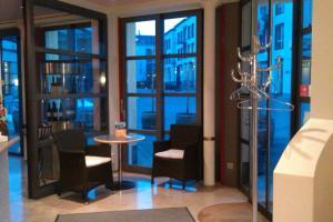 Hotel Lorze - Image2