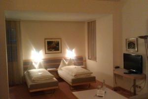 Hotel Lorze - Image3