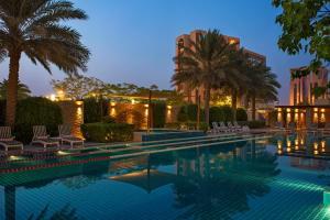 Sheraton Bahrain Hotel - Image4