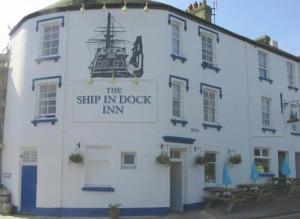 The Ship In Dock Inn Hotel in Dartmouth