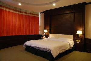 Chainat Thani Hotel - Image3