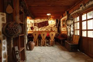 Family Hotel Dinchova kushta - Image2