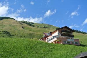 Hotel Büel - Image1