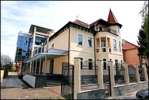 Villa Lenije - Image1