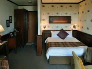 Hotel November - Image3